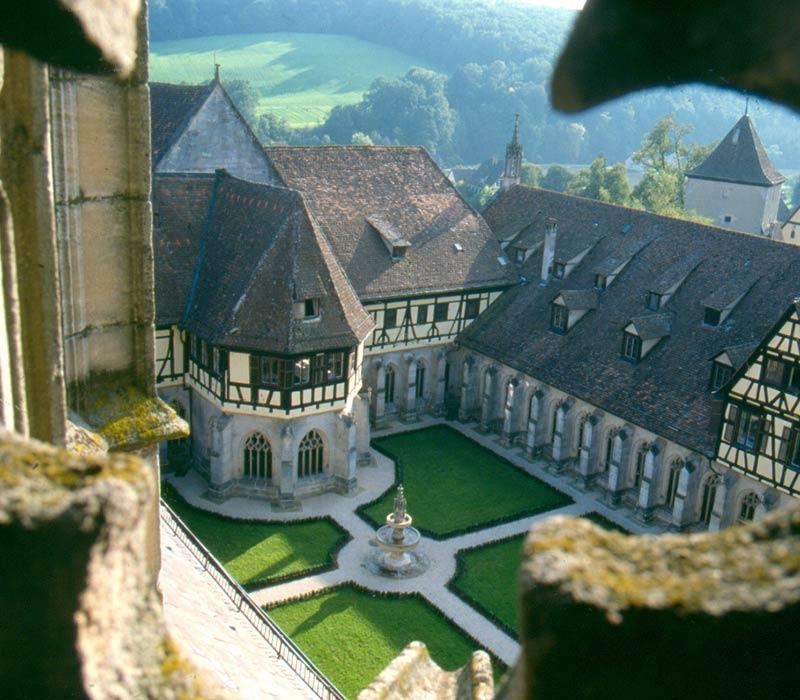 Kloster und Schloss